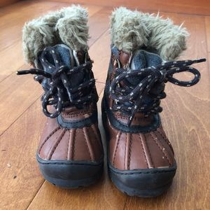 Thinsulate, baby gap, size 6, toddler snow boots